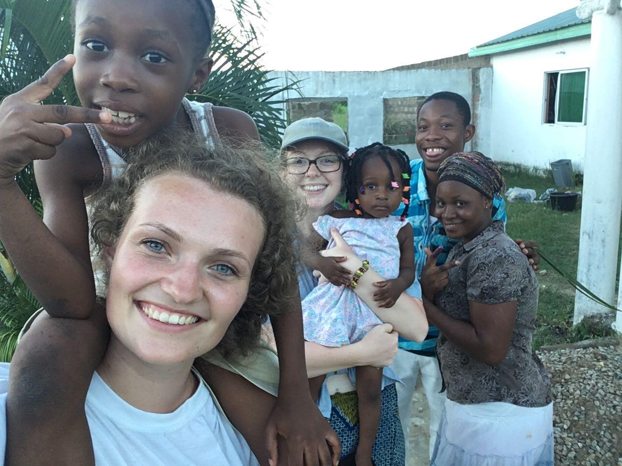 Volunteer Ghana Kasoa Review Alvyra Teaching child care program