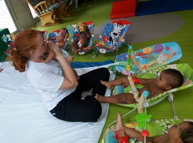Volunteer Colombia Orphanage