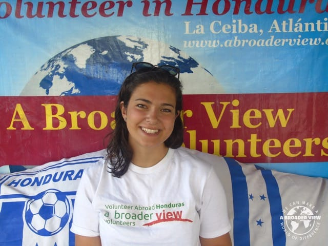 Volunteer Honduras La Ceiba Review Hannah Mishriky Pre Medical Group Program