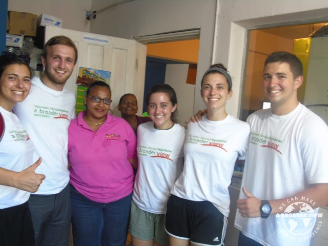 Volunteer Honduras La Ceiba Review Nicholas Ferrigno Advanced EMT Group Program