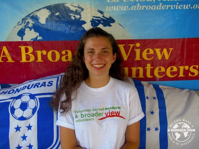 Volunteer Honduras La Ceiba Shannon Roberto Advanced EMT Program