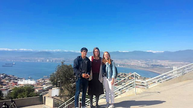 Volunteer Chile La Serena Review Max Rajendran teaching program