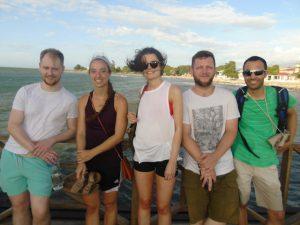 Volunteer-Honduras-dental-touring