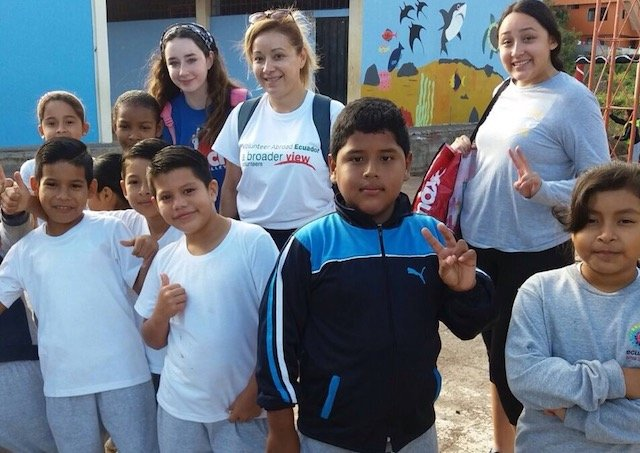 Volunteer in Ecuador Galapagos Island Review Angela Ortiz Teaching Program