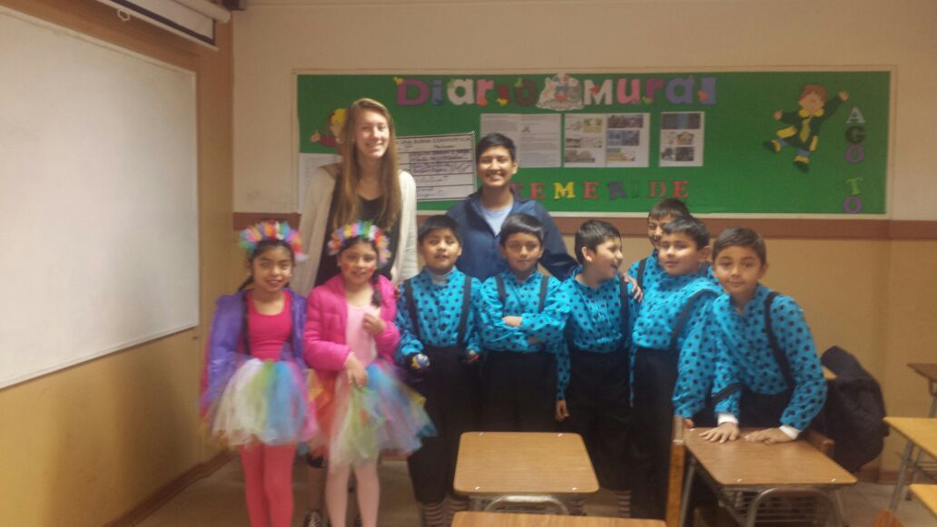 Volunteer in Chile La Serena Review Milton B Teaching English School Program