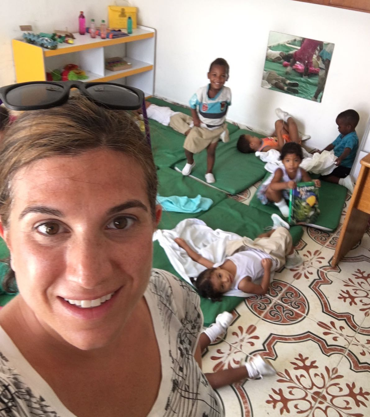 Volunteer in Colombia Cartagena Review Lindsay May Childcare Program